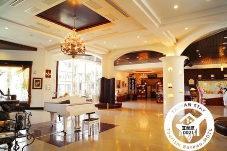 香格里拉冬山河旅館