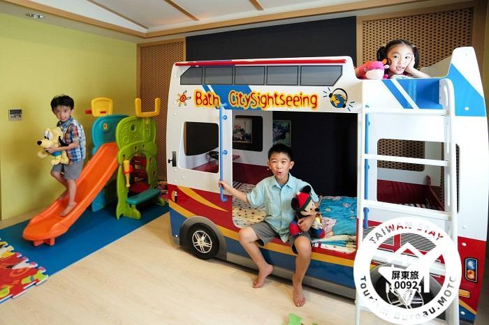 親子房-日式和風巴士房