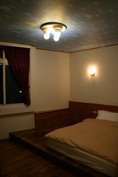 琉夏萊八村旅店