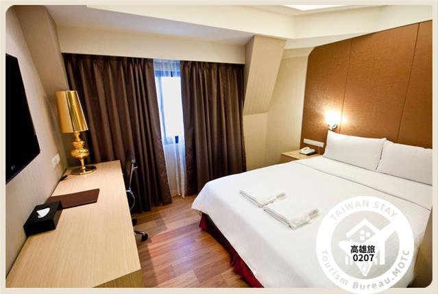 標準雙人房一大床照片_1