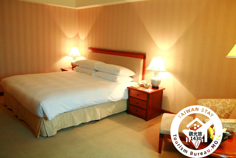 標準樓層高級客房一大床照片_1