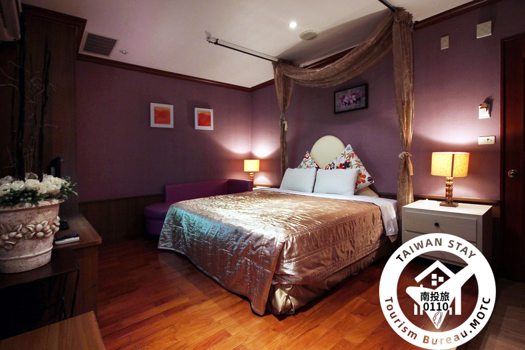 時尚雙人套房 紫色夢幻照片_1