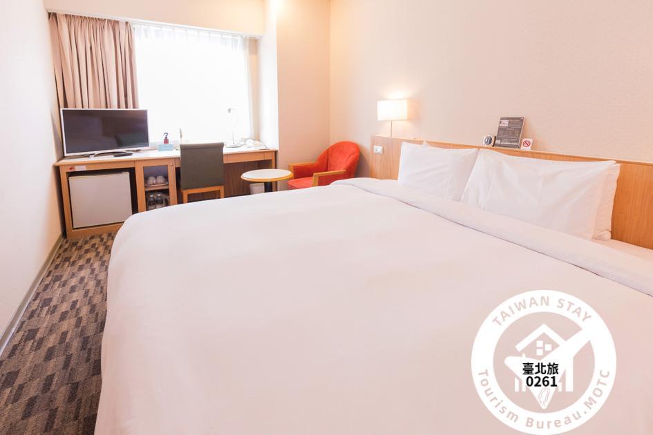雙人房1大床照片_1