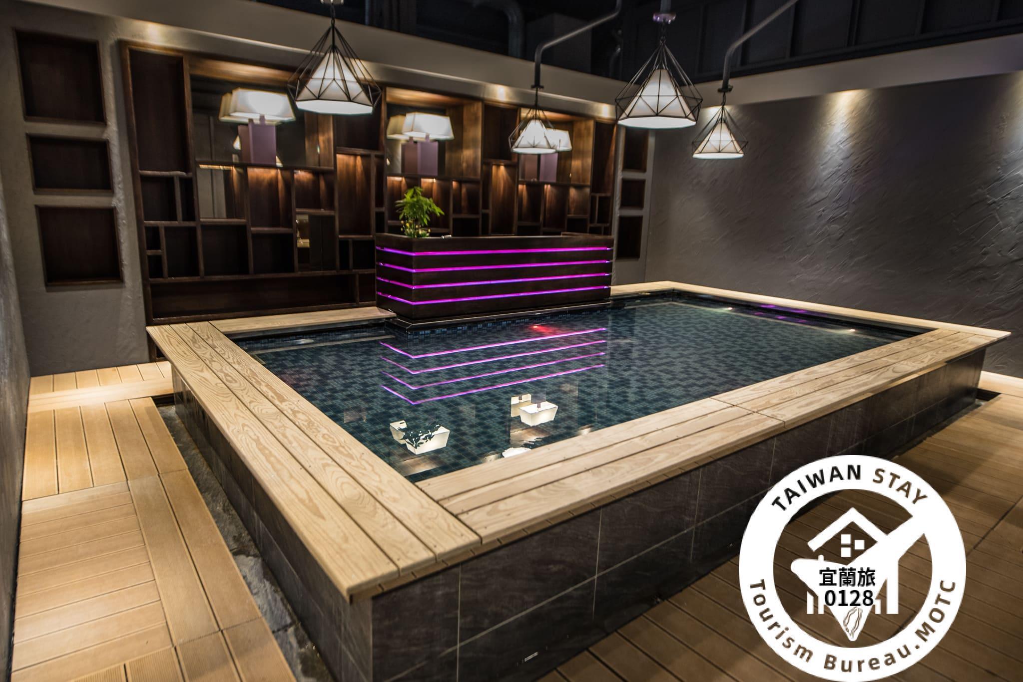 Yihe Business Hotel